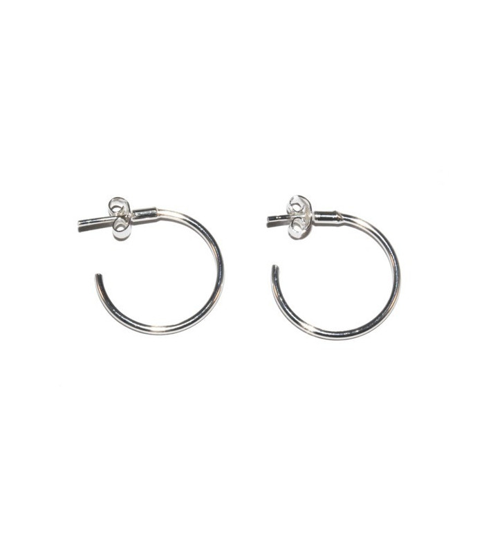 Silver smooth hoop earring