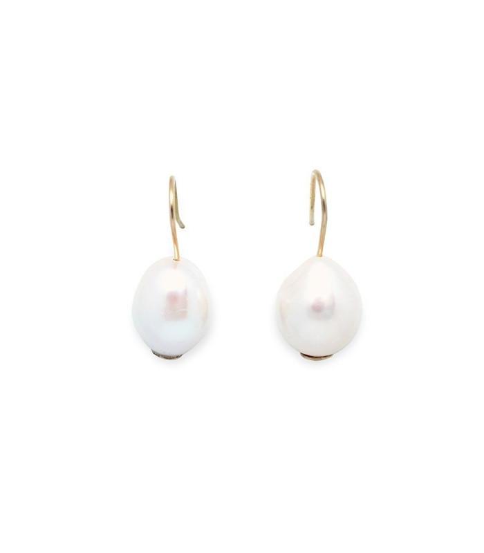 Gold pearl earrings