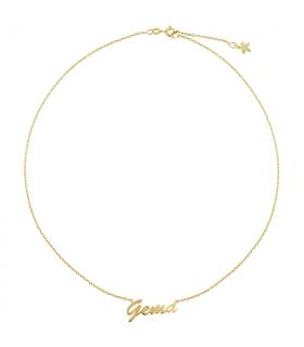 Collar personalizado con nombre en oro