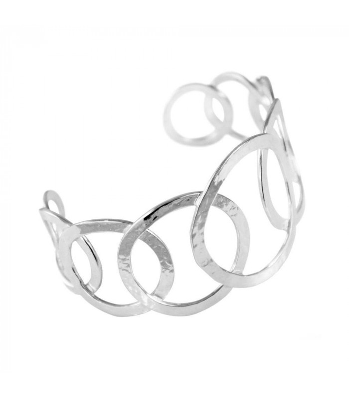 Silver hoop bracelet from the Essential collection