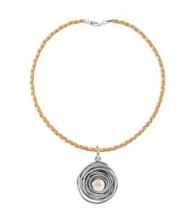 Collar perla montado en plata y cordón de cuero