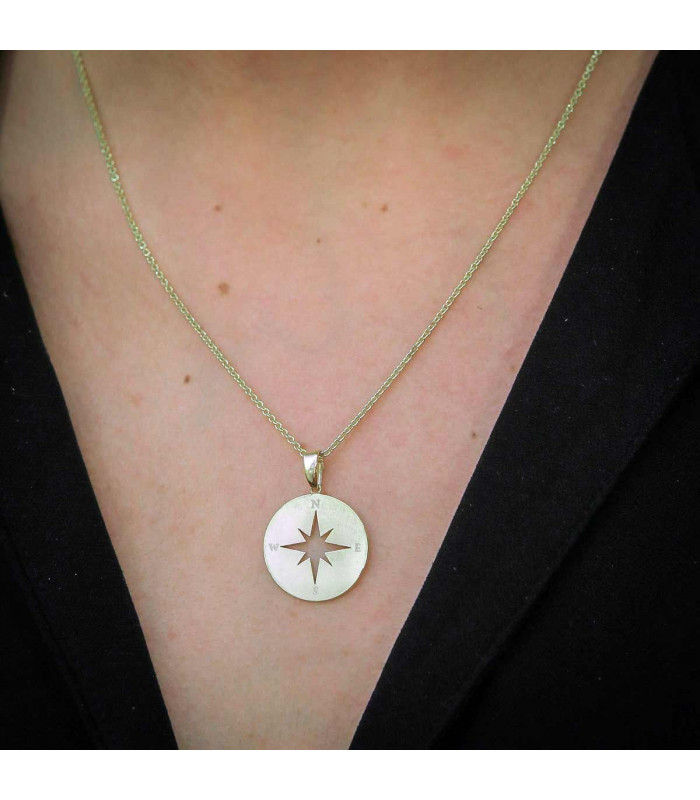 Cordón de cuero con medalla Virgen María