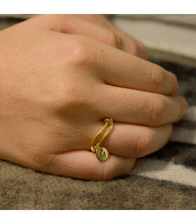 Custom gold ring
