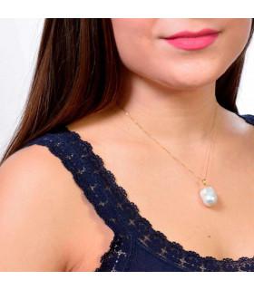 Beautiful baroque pearl pendant
