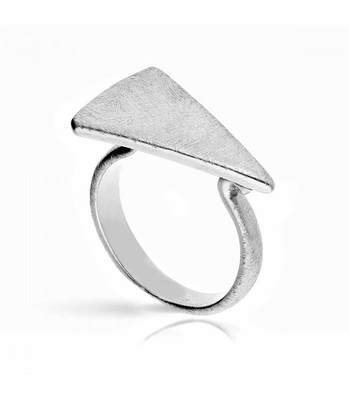 Anillo triángulo de plata