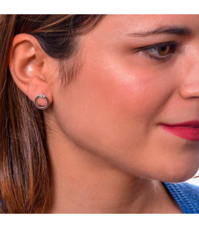 Hoop earring with stone