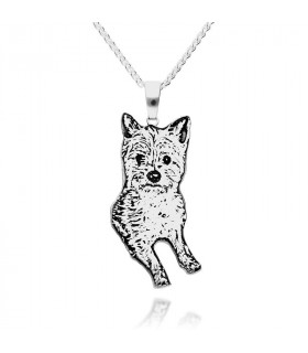 Personalized pet pendant in sterling silver