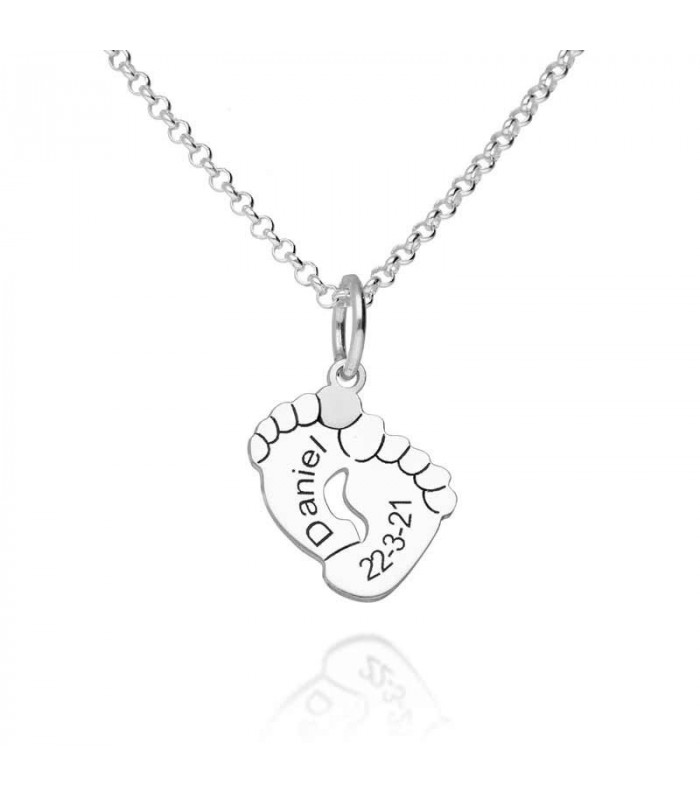 Personalized baby feet pendant in silver