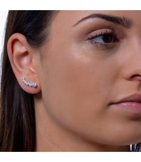 Climbing earrings with diamonds