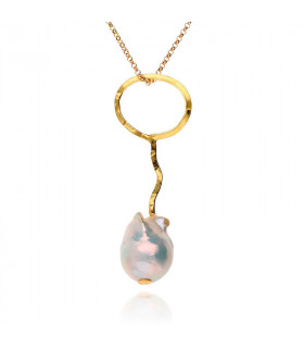 Baroque pearl necklace in gold