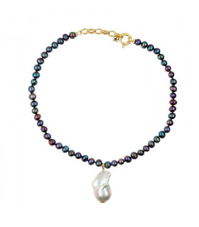Tahitian pearl necklace set in gold plated sterling silver