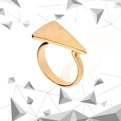 Nueva Colección Triángulo ✨ Ya disponible en tienda y web ❤️ www.joyeriahago.com