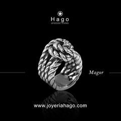 Feliz Jueves!! Anillo Magor también disponible en dorado 😍 www.joyeriahago.com